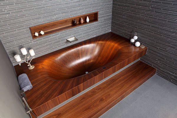 Шедевр деревянной ванной