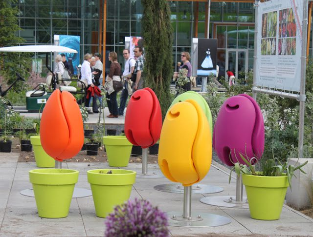 Tulip Seat For Public Spaces Icreatived