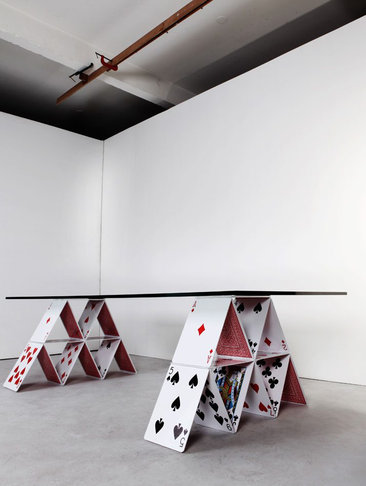House-of-Cards-Table-01