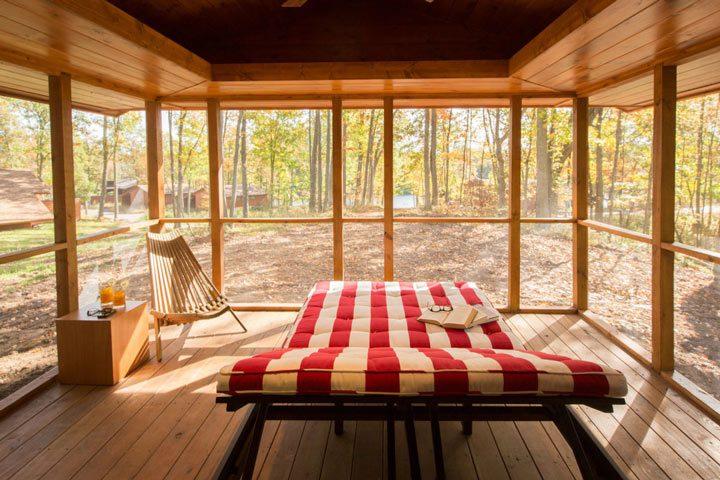 Escape-the-Mobile-Home-With-Impeccable-Design-07