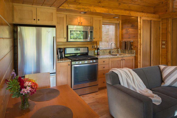 Escape-the-Mobile-Home-With-Impeccable-Design-09