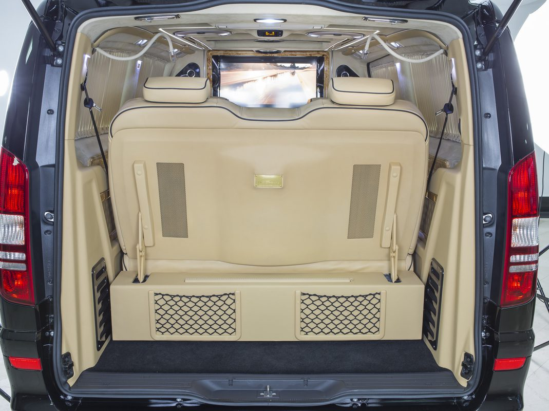 Luxury-Business-Van-05