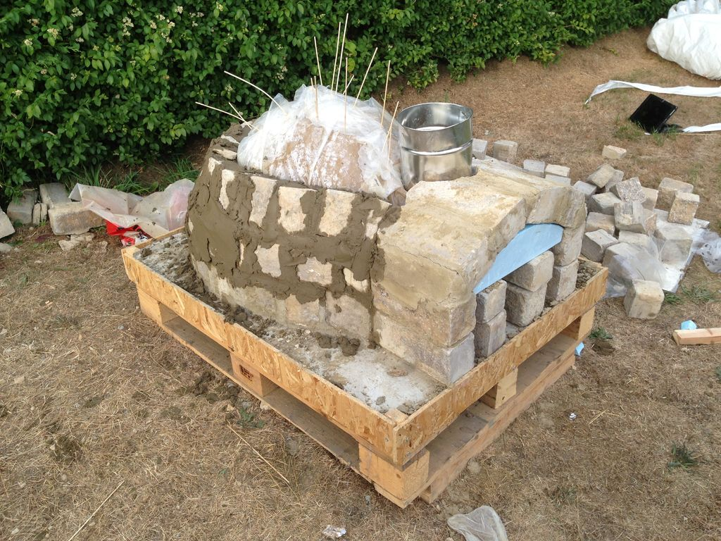 DIY-Outdoor-Project-Pizza-Oven-03 | iCreatived
