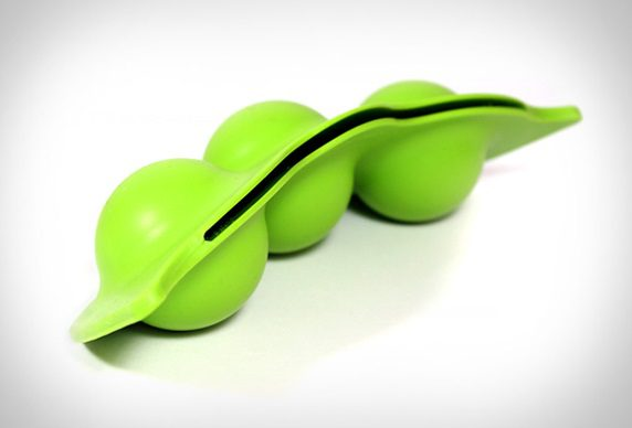Frozen-Peas-Shaped-Ice-Mold-05