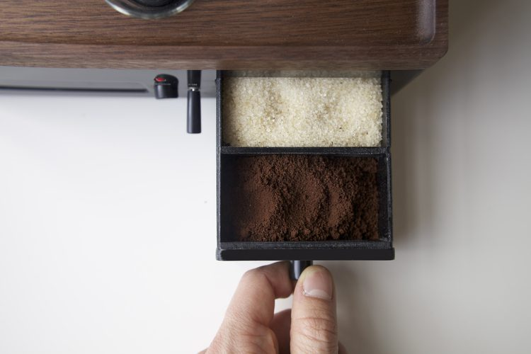 An-Amazing-Alarm-Clock-That-Makes-Coffee-02