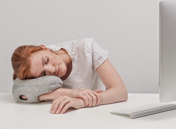 Ostrich_Pillow_Mini_one_05