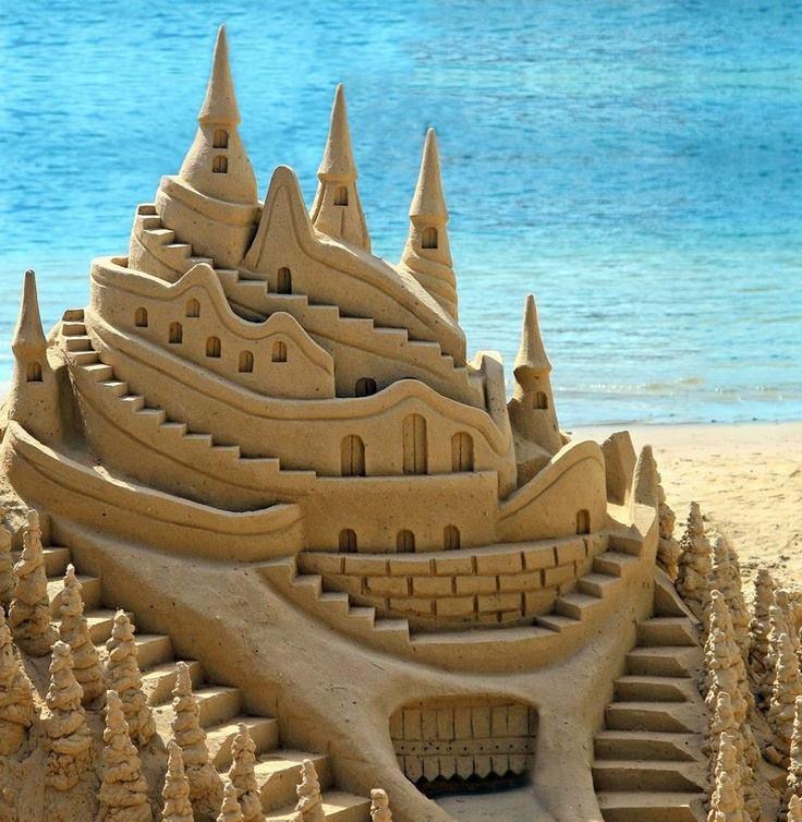 Amazing Castles - Sand Art - iCreatived