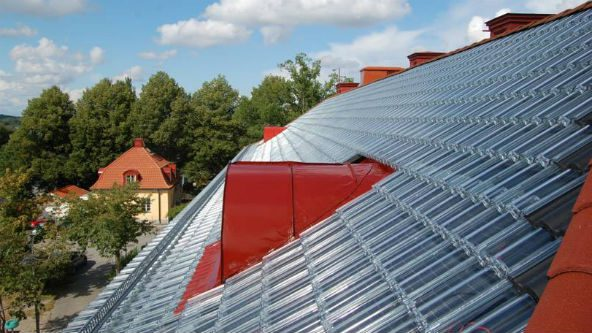 Your Roof Can Generate Electricity With These Glass Tiles 4