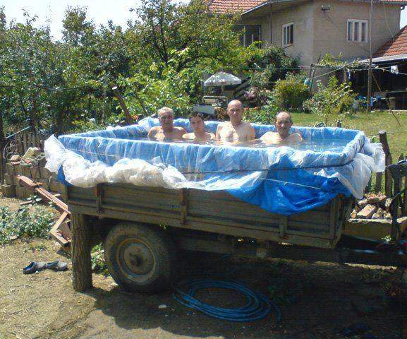 17 Cool Temporary Pools  16