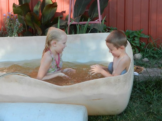 17 Cool Temporary Pools  5