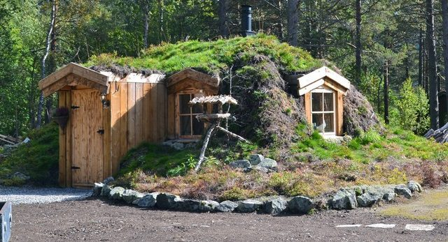 Norwegian Earth Sheltered Shack Icreatived