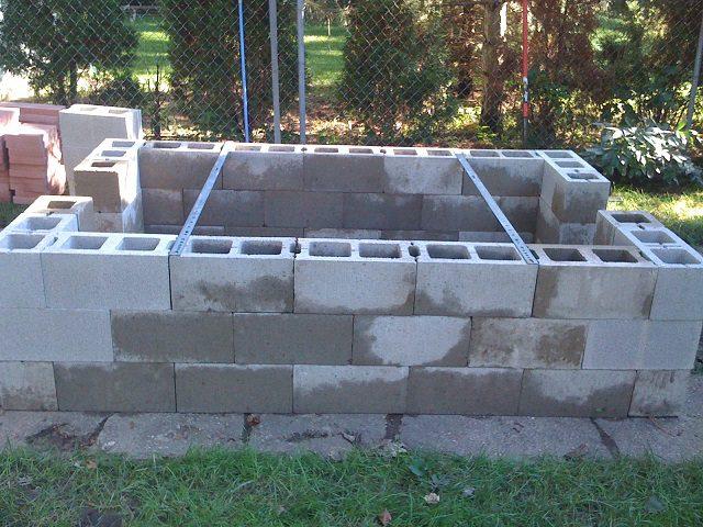 Build-a-BBQ-Pit-3