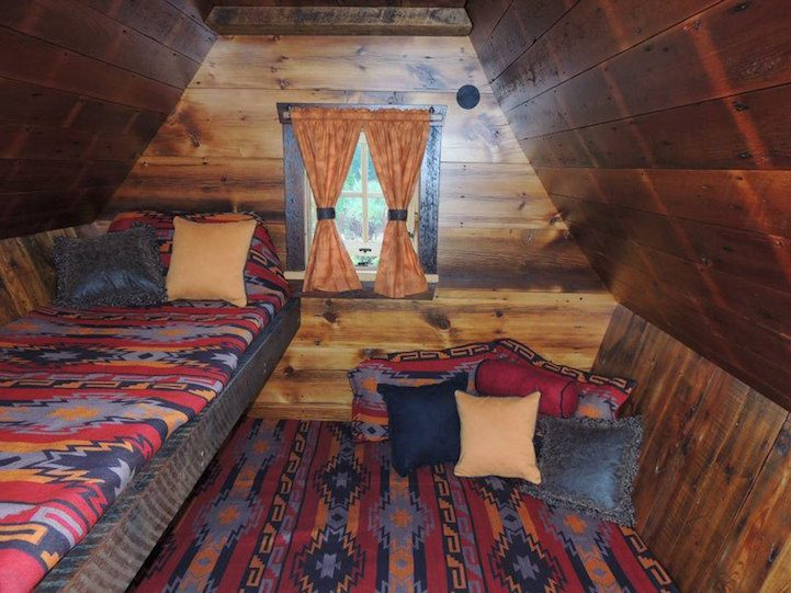 Playful Tiny Homes For Your Own Fairy Land 12