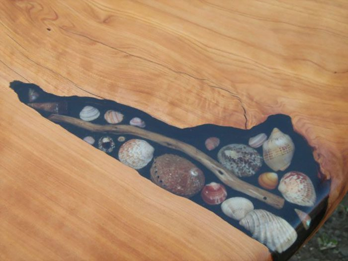 Artists Fill Tables' Cracks With Sea Shells, Stones And Starfish1