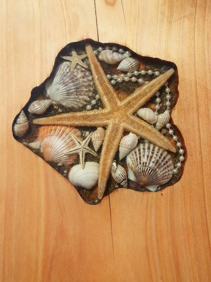 Artists Fill Tables' Cracks With Sea Shells, Stones And Starfish4