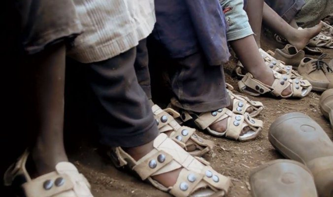 Shoes-That-Grow-Kenton-Lee_1