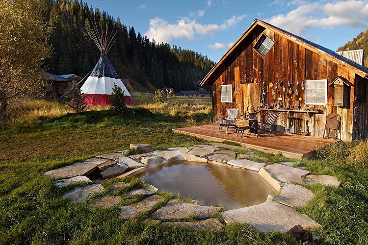Duunton Hot Springs Resortin Colorado 1