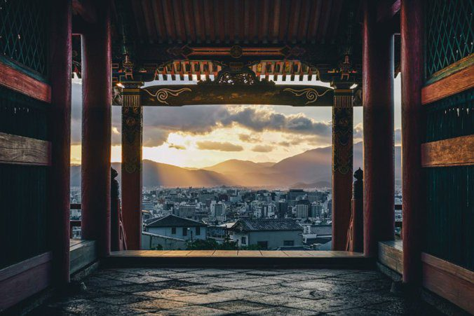 Japanese Photographer Captures Amazing Beauty Of Everyday Life In His Country 4