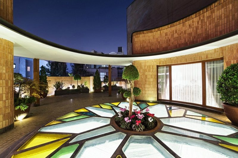 Renovation Of Home In Iranian Style 11