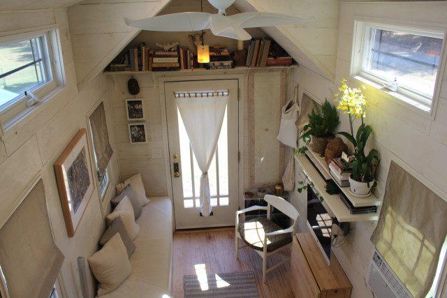 Tiny Hall House 4