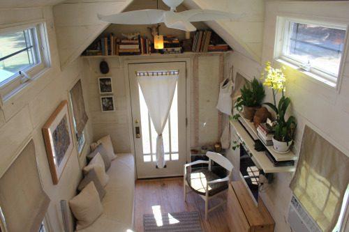 Tiny Hall House 6