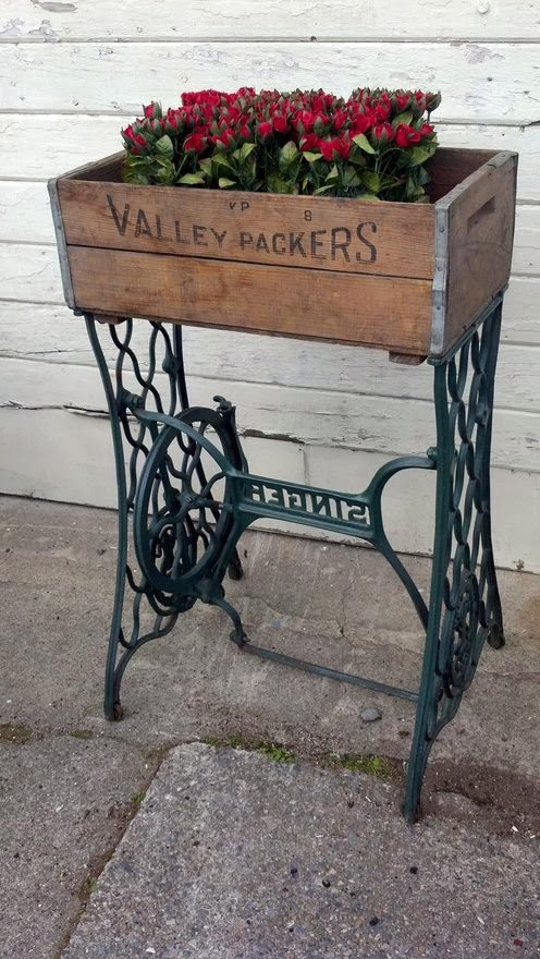 Various Ways To Reuse An Old Sewing Machine 10
