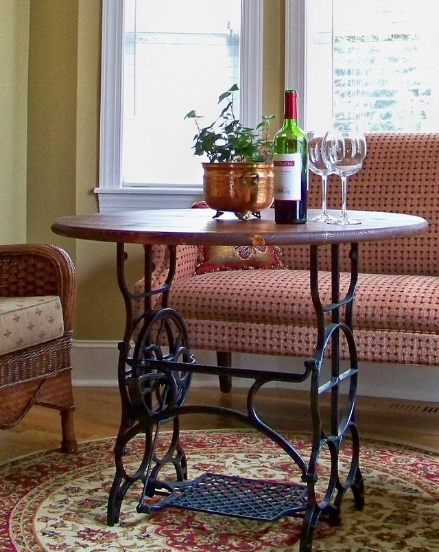 Various Ways To Reuse An Old Sewing Machine 6