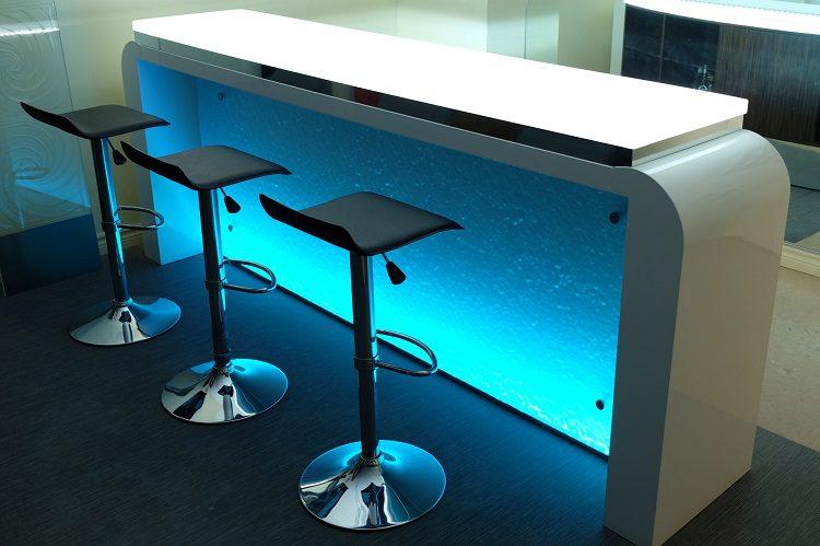 glassbar1