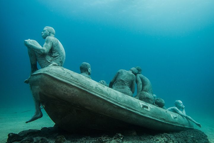 Hyperrealistic Human Sculptures Submerged in Europe's First Underwater Art Museum 7
