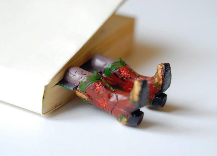 Quirky Bookmarks Look Like Tiny Legs of Literary Characters Sticking Out Between Pages 7