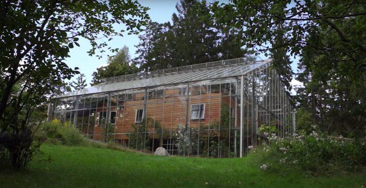 Giant Greenhouse 5