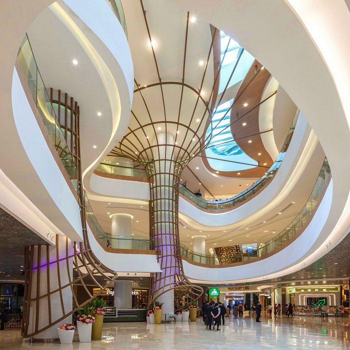 The Tree Aquarium Shopping mall
