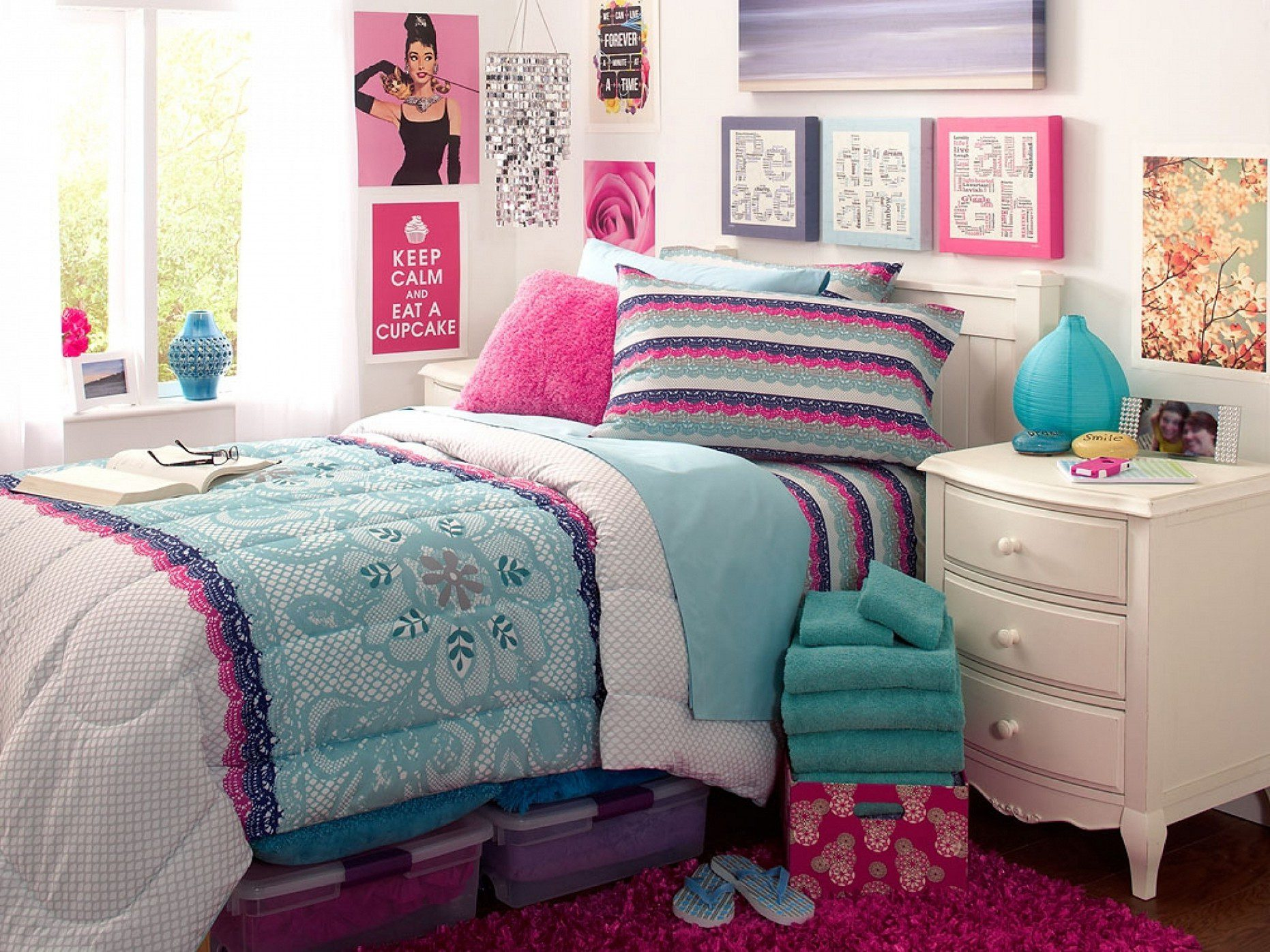 Decoration Ideas For Teenage Rooms | iCreatived