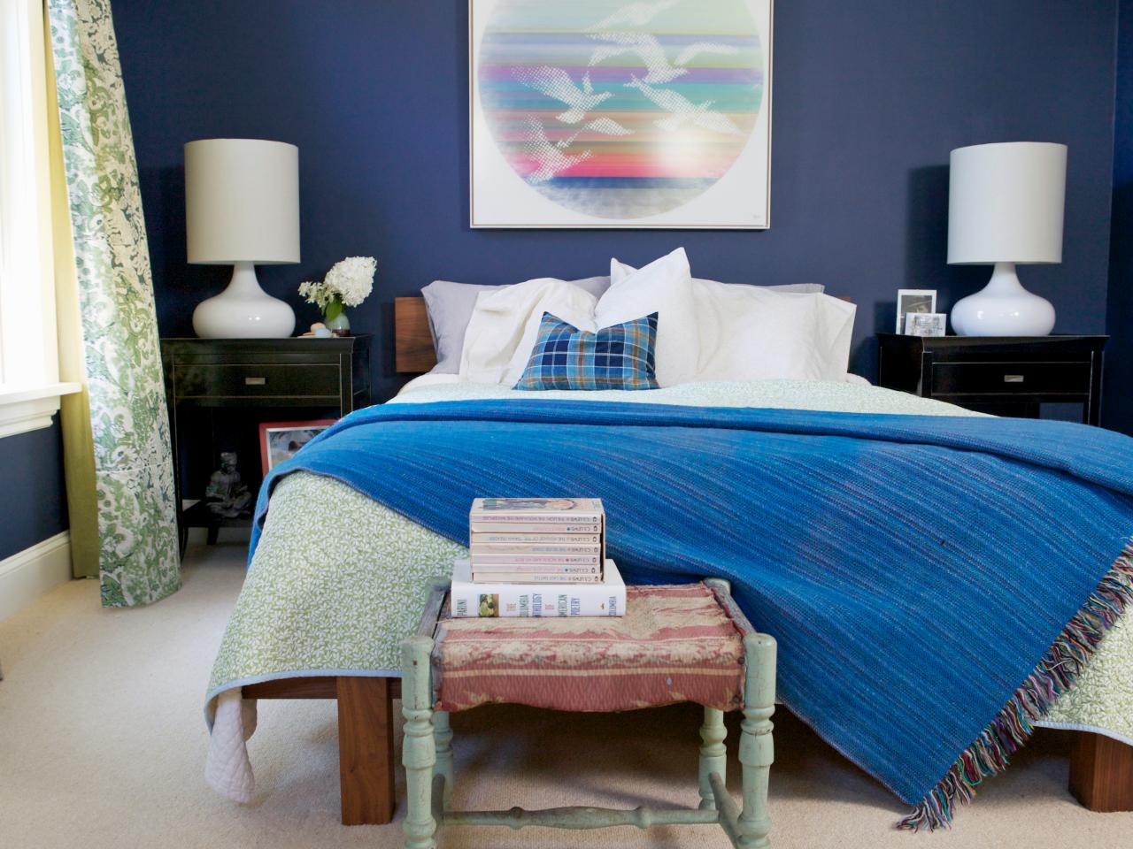 how to decorate a small sized bedroom icreativedwhat should the colour of the room be? these are small sized